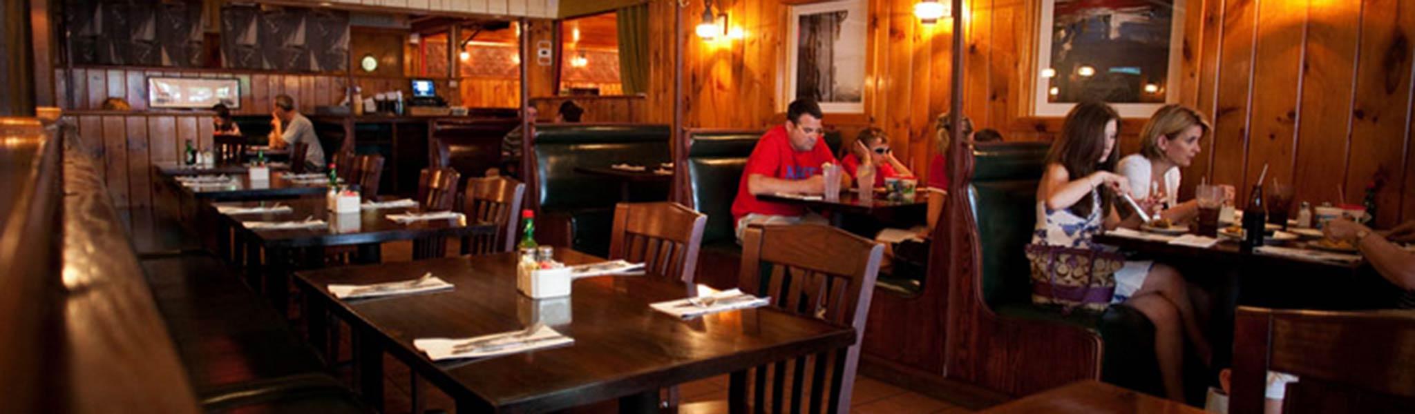 wharf pub restaurant edgartown