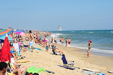 Martha's Vineyard Katama crowded with people South Beach in the summer