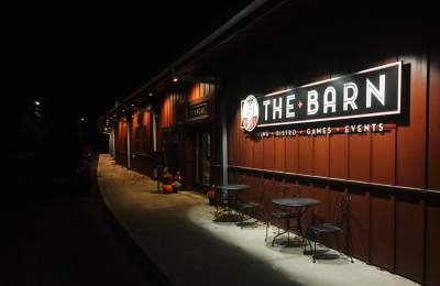 barn bowl bistro bar oak bluffs