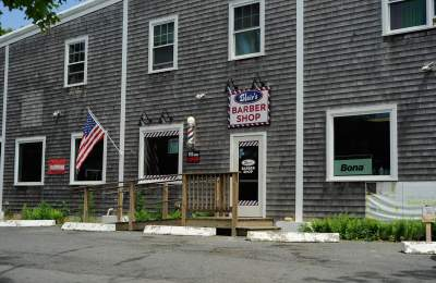 Vineyard Haven barber shop