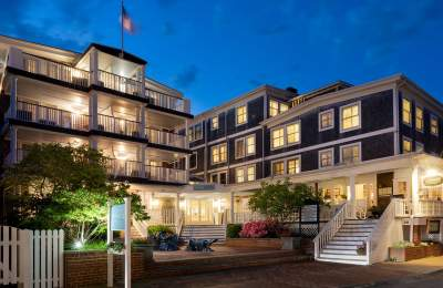 luxury hotel downtown edgartown