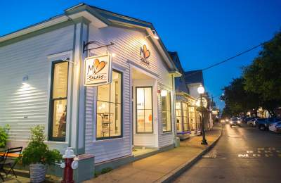 MV Salads Take-Out Oak Bluffs