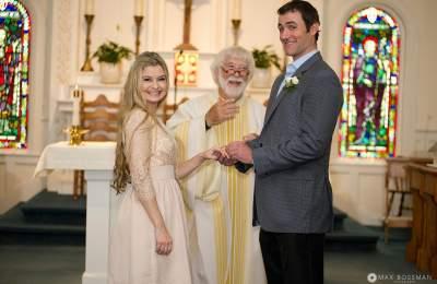 wedding at edgartown church
